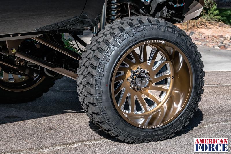 16-Jered-Black-F250-Bronze-@Co.plati-20171028-WEB.jpg