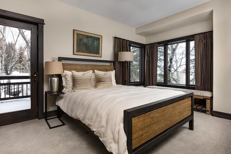 BeaverCreek-Residence-FairviewRetreat-Bedroom5-0017.jpg