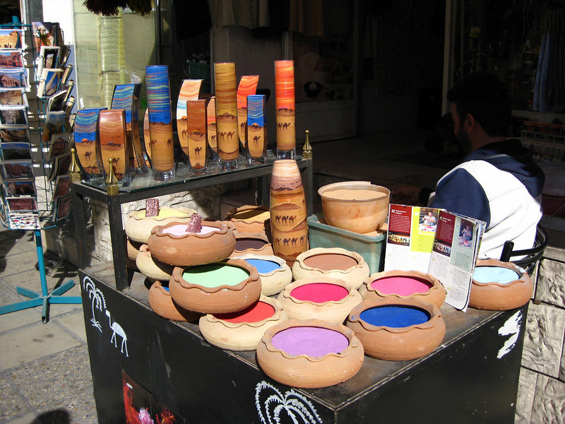 Coloured sand for sand sculptures