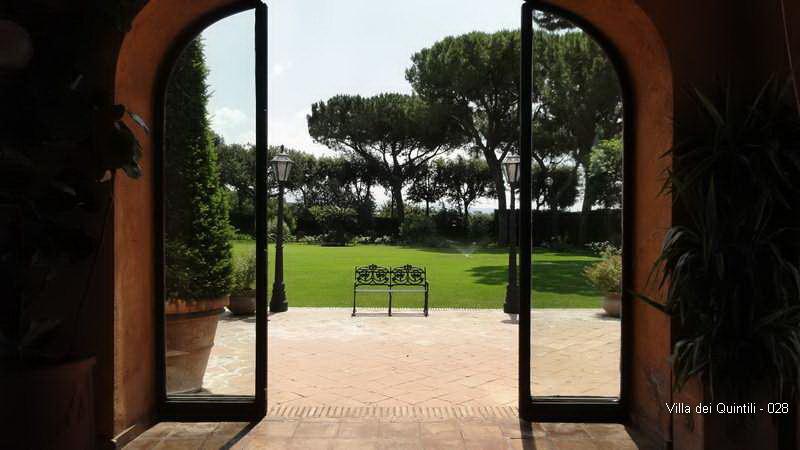 Villa dei Quintili - 028.jpg