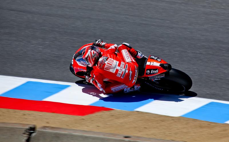 MotoGP_Laguna_2010-4
