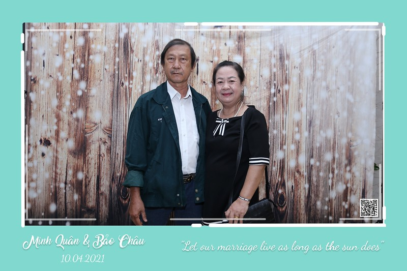 QC-wedding-instant-print-photobooth-Chup-hinh-lay-lien-in-anh-lay-ngay-Tiec-cuoi-WefieBox-Photobooth-Vietnam-cho-thue-photo-booth-091.jpg