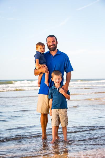 Family beach photos-100.jpg