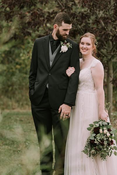 rustic_ohio__fall_barn_wedding-280.jpg