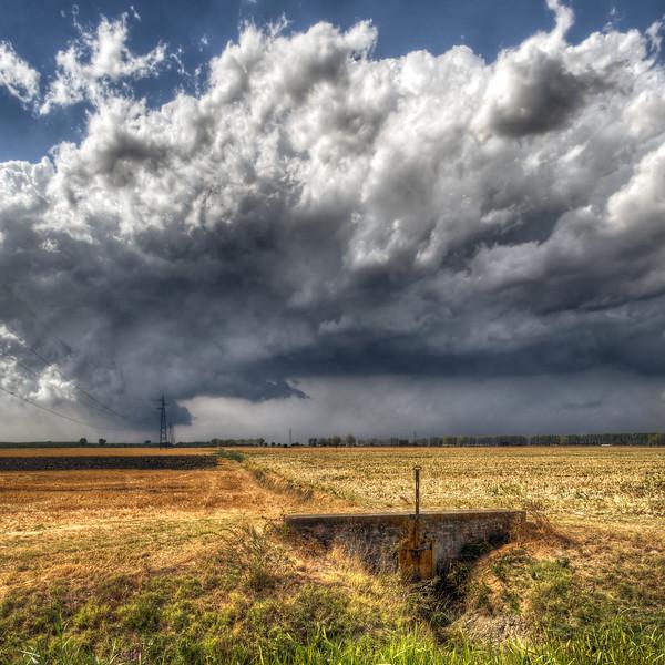 A Big Cloud - Sant'Agata Bolognese, Bologna, Italy - August 31, 2012