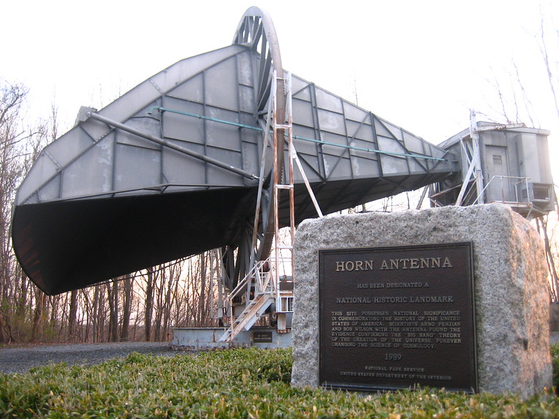 Bell_Labs_Horn_Antenna_Crawford_Hill_NJ.jpg