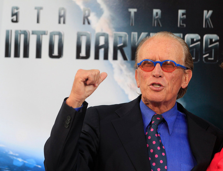 """. Actor Peter Weller, cast member of the new film \""""Star Trek Into Darkness\"""", poses as he arrives at the film\'s premiere in Hollywood May 14, 2013.  REUTERS/Fred Prouser"""