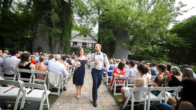 Garrett & Lisa Wedding (400).jpg