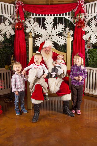 Santa 12-16-17-439.jpg
