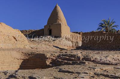 El-Bawiti Village, Bahariya Oasis