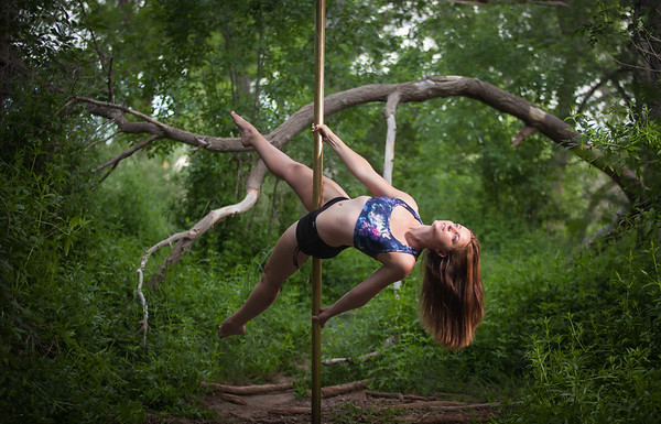 Mindy Pearce's Pole Shoot