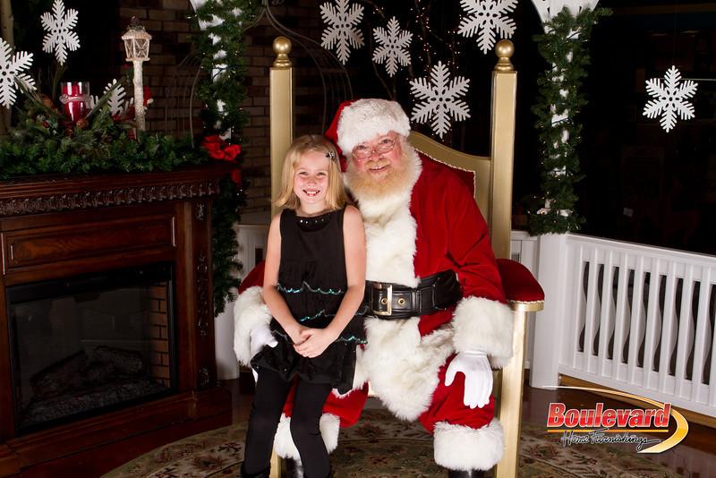 Santa Dec 15-302.jpg