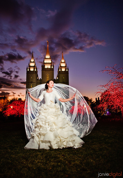 Bridal Pictures at Temple Square