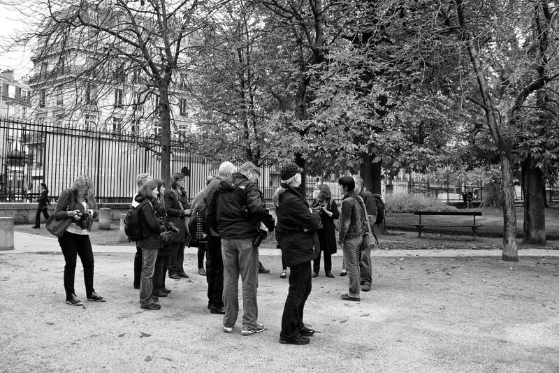 Paris Valerie w group 00980.jpg