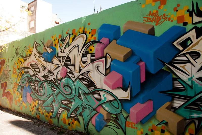 Buenos Aires Graffiti 140.jpg