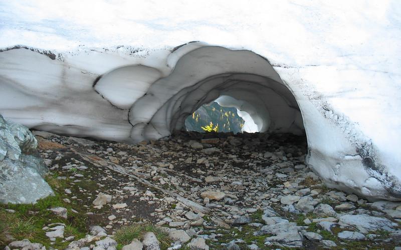 Snow Hole.jpg