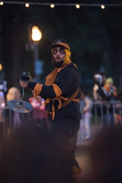 161022 Jabberwocky Halloween Parade (Photo by Johnny Nevin) -103.jpg