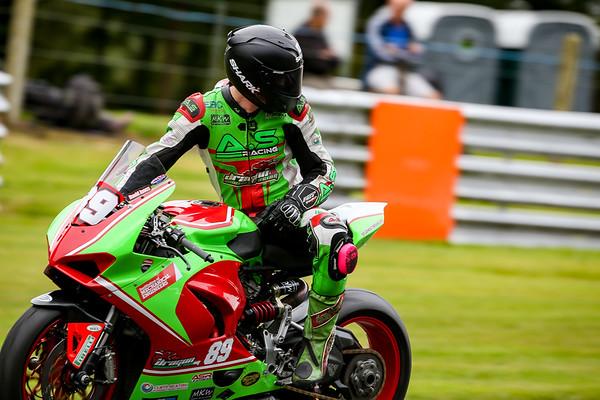 Dragon Racing Oulton Park BSB 2021