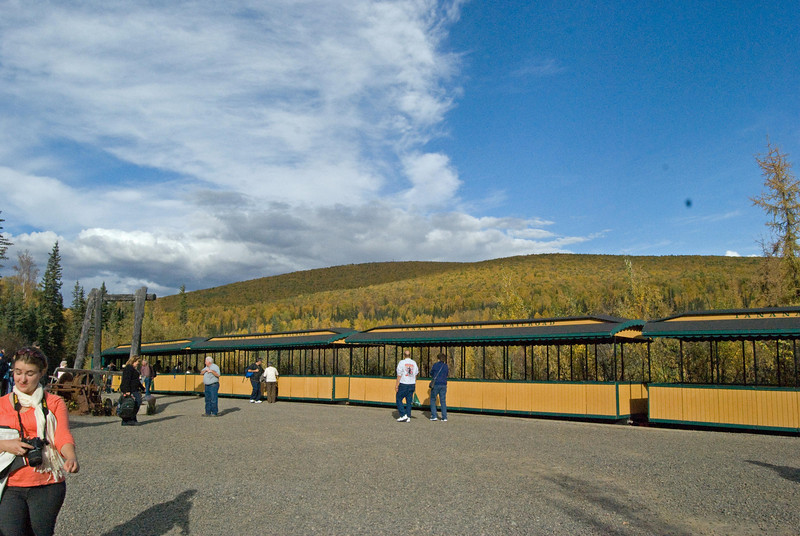 Train to ElDorado gold mine