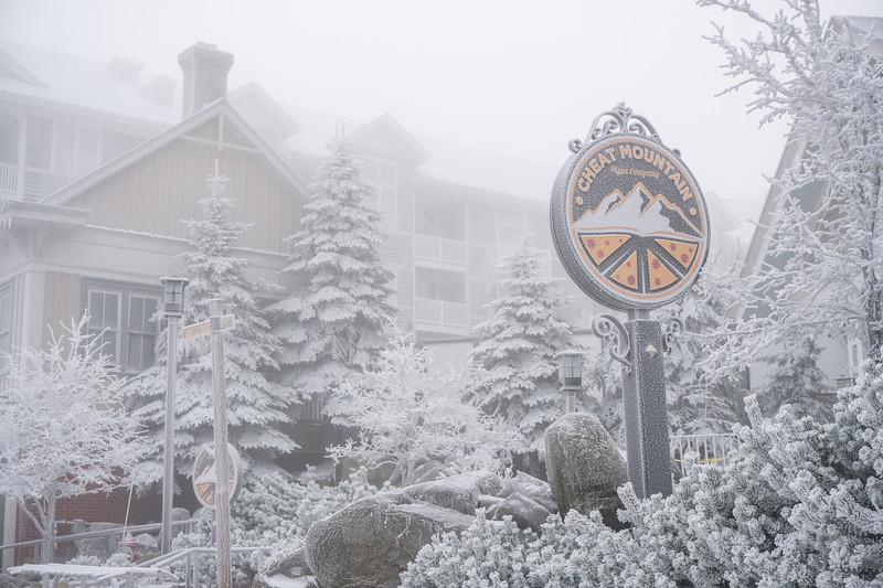 Snowmaking-03412.jpg