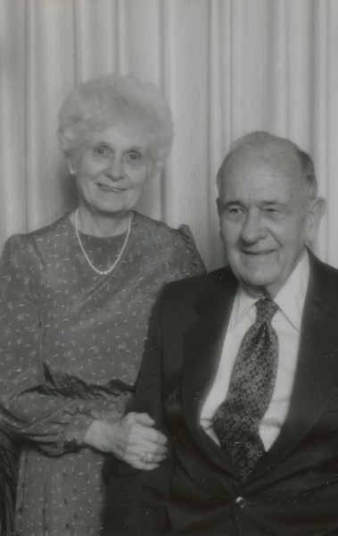 Eileen & Ellis Sullivan 1997.jpg