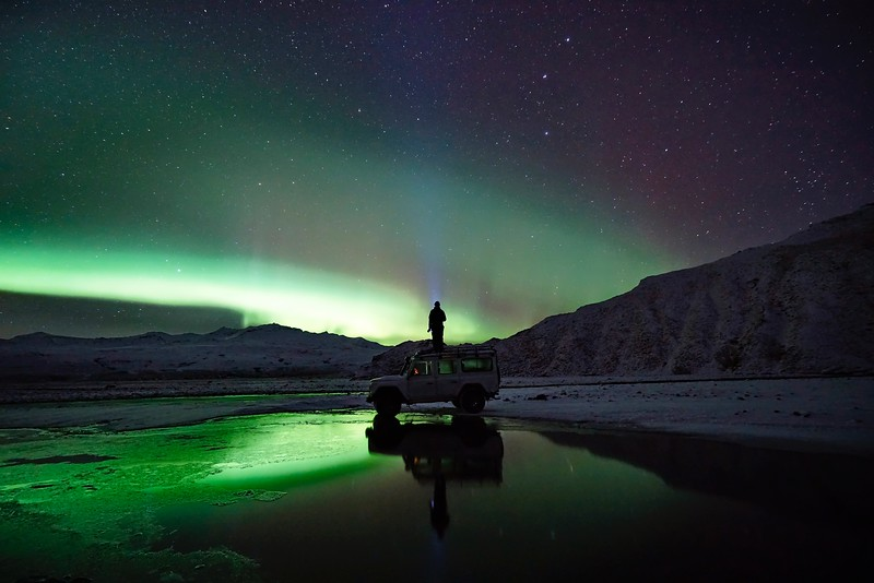 northern lights in iceland - aurora hunting on a jeep