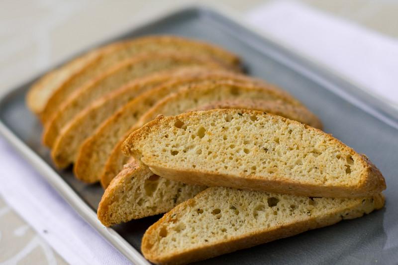 parmesan-black-pepper-biscotti_4159495474_o.jpg