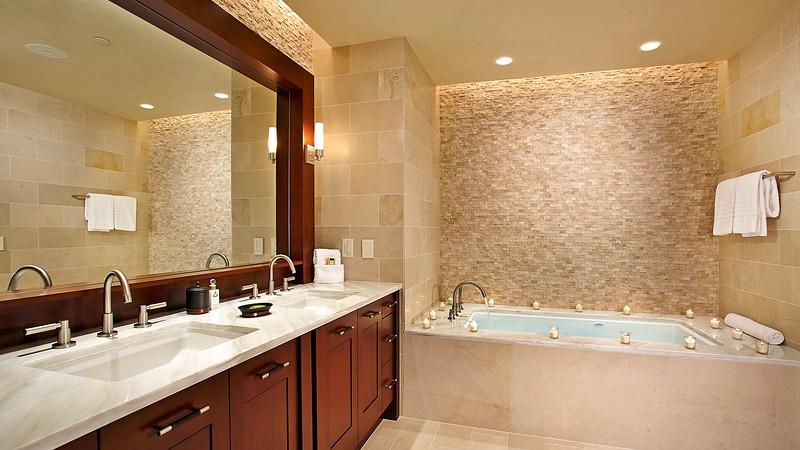Bathroom, Solaris; Vail, Colorado, United States