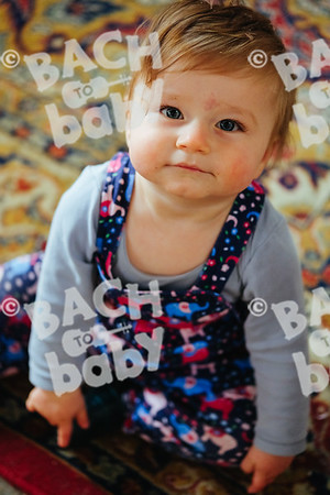 © Bach to Baby 2018_Alejandro Tamagno_Victoria Park_2018-06-13 029.jpg