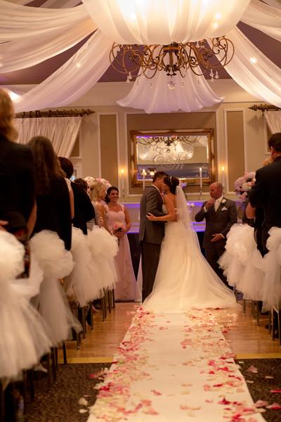 Matt & Erin Married _ ceremony (173).jpg