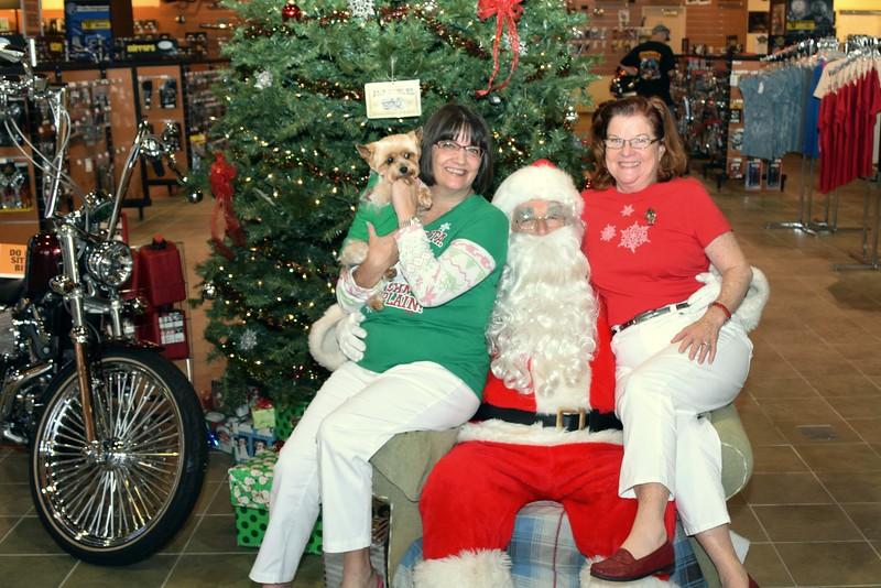 2014 Santa Visits J&P Cycles Florida Superstore (93).JPG