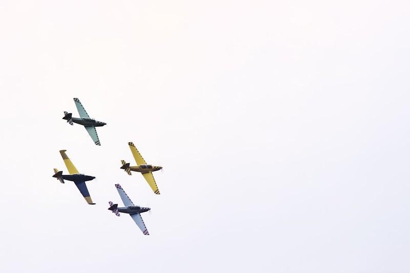 Zábřežští piloti kroužili v různých formacích nad letištěm celkem dlouho a byla radost se na ně dívat