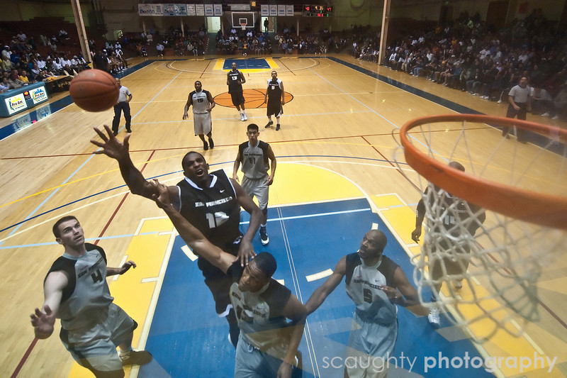 08-12-09_Edited_SF_Summer_League_Roeder_13.jpg