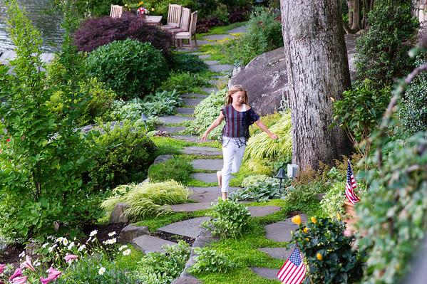Tuxedo Park Gardens