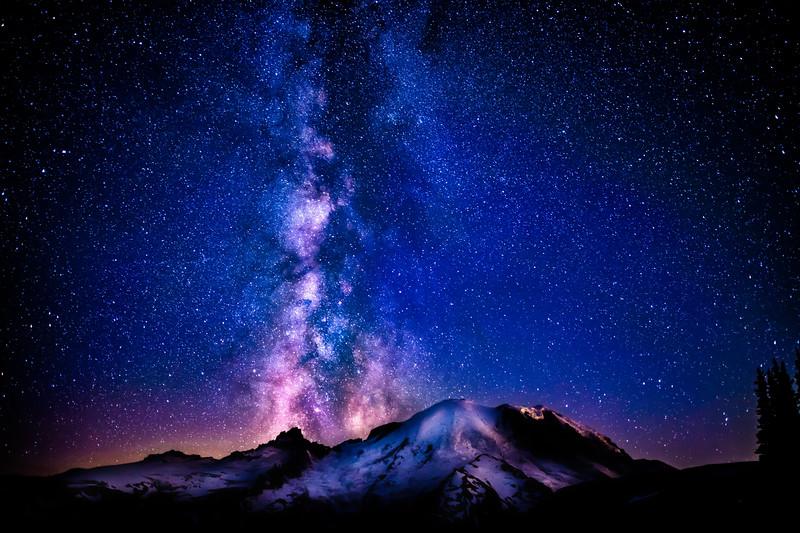 Milky Way over Mt Rainier lg (1 of 1).jpg