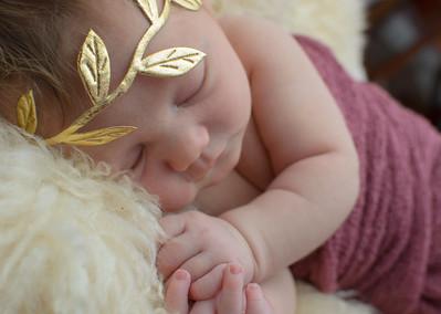 Oele Newborn