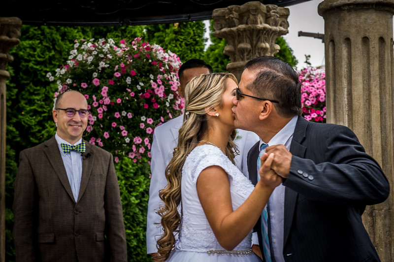 Vanessa Farmer wedding day-125.jpg