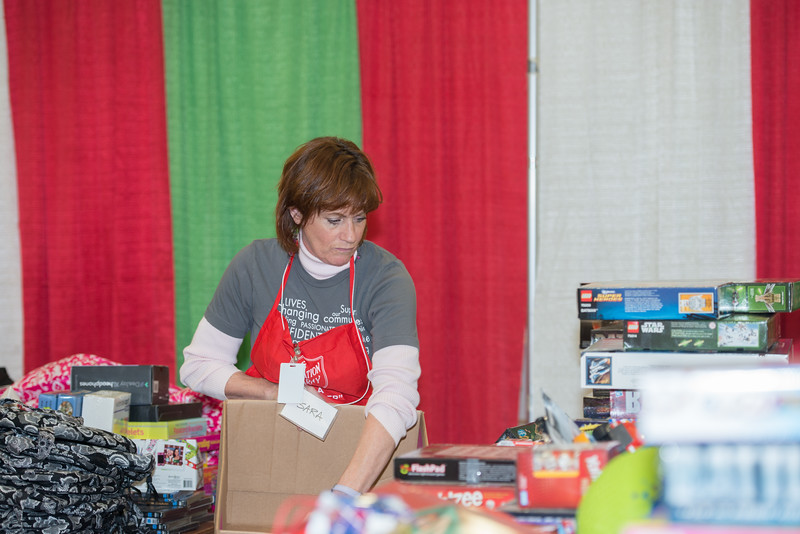 Salvation Army CHEER_December 2013-8027.jpg