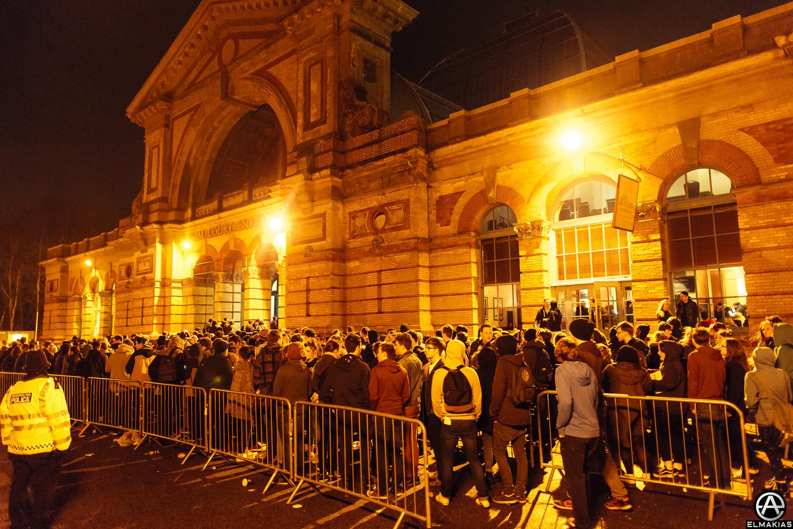 Line outside of Alexandra Palace