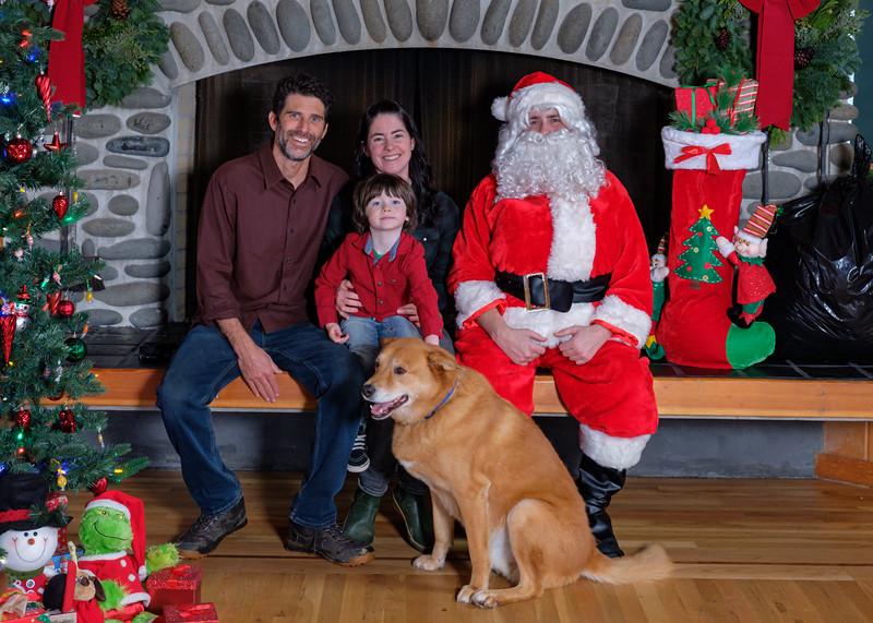 CB Santa 2019-7757.jpg
