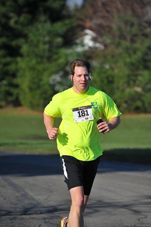 5K and 10K Runners, Gallery 1 - 2014 Clarkston April Fools Run