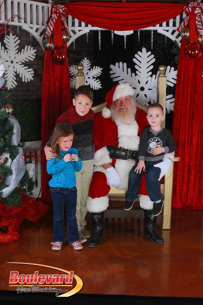 Santa 12-17-16-427.jpg