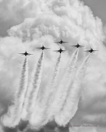 Thunderbirds at Titusville Air Show 3/15/15