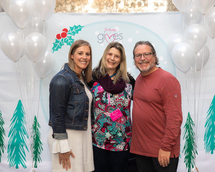 November 2018_Gives_Holiday Open House-5283.jpg