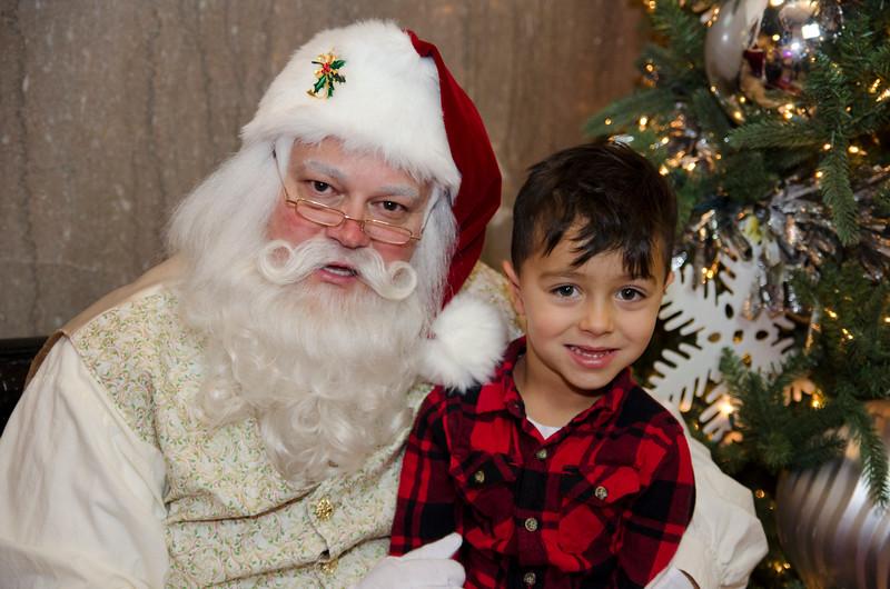 Santa at Grove_42.JPG