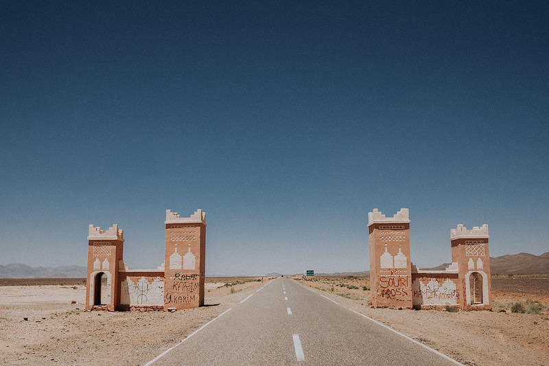 Tu-Nguyen-Destination-Wedding-Photographer-Morocco-Videographer-Sahara-Elopement-276-1.jpg