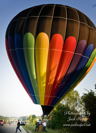 BALLOONS- HOT AIR.