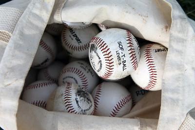 Giants Little League Baseball: Game Photos