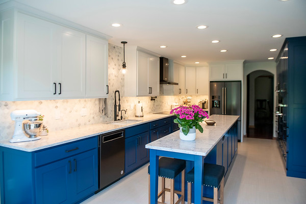 Best Choice Cabinets | Blue + White Two-toned Kitchen