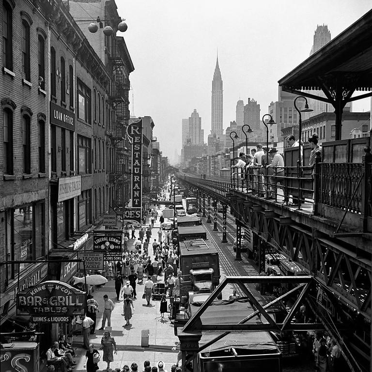 Famous Street Photographers - Vivian Maier (1926-2009)